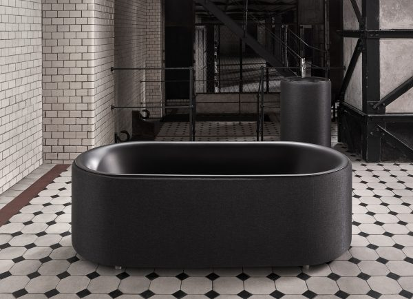 BetteLux_Oval_Couture_Carbon